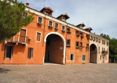 Palazzo della Marinarezza (1)