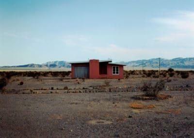 Isolated houses - John Divola 1995 (7)