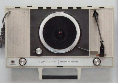 Lecteurs vinyles portables japonais - Emi Itsuno (2020)