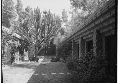 Sowden house - Lloyd Wright 1926 (1)