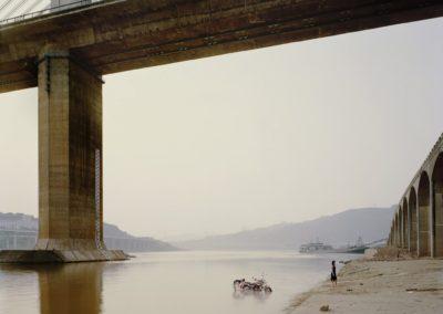 Yangtse, the long river - Nadav Kander 2010 (12)