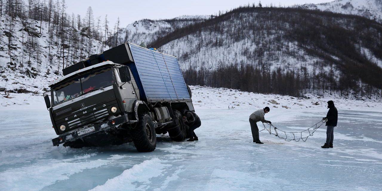 On Siberia's ice highway – Amos Chapple